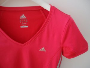 Adidas Funktionsshirt in rot, Gr. 36/38