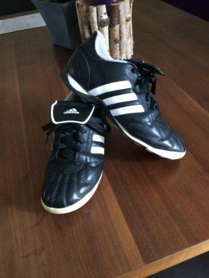 Adidas Fußballschuhe Damen Farbe schwarz/weiß