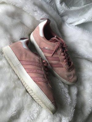 Adidas Originals Sneaker stringata salmone-bianco Scamosciato