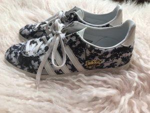 Adidas Sneakers met veters zwart-wit