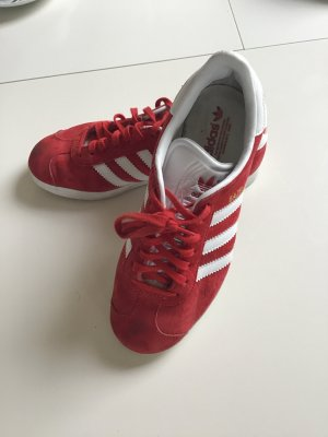 Adidas Lace-Up Sneaker red suede