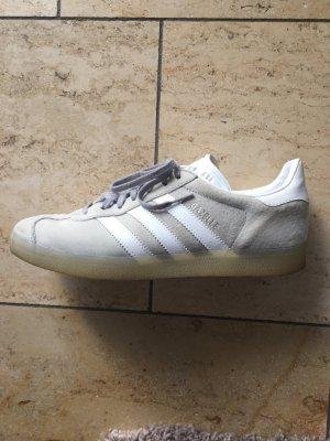 Adidas Gazelle in hellgrau Größe 40 2/3