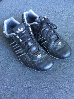 Adidas Goodyear Sneaker