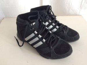adidas High Top Sneakers in Gr. 40 - fürs Fitness-Studio