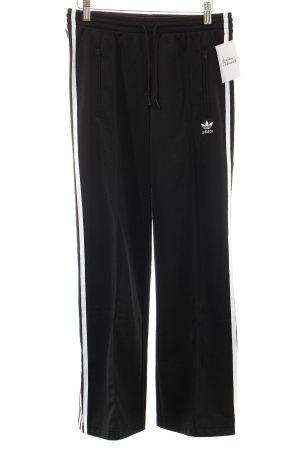 Adidas Hose schwarz-weiß Logostickerei