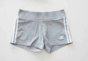 Adidas Hotpants grau Sommer Shorts Sport