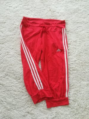 adidas in rot