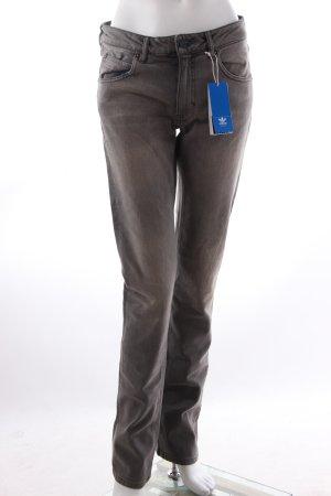 Adidas Jeans in grauem Denim