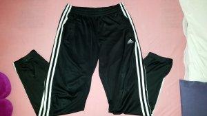 Adidas Jogginghose..