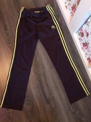 Adidas Jogginghose Sporthose lila neon gelb Jogginganzug