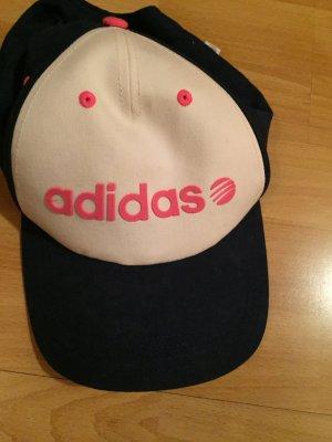 Adidas Kappe in dunkelblau/weiß