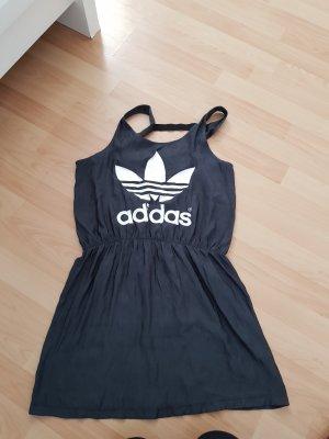 Adidas Kleid 42 eher 38/40