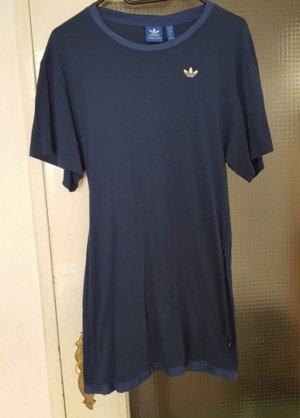 Adidas Kleid in dunkelblau mit Logo auf Rücken; 38/M