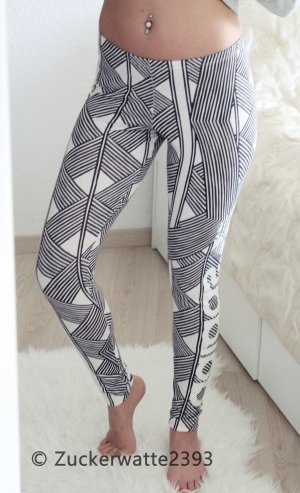 Adidas Leggings 32/34 Azteken Muster