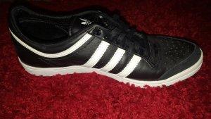 Adidas low sleek schwarz
