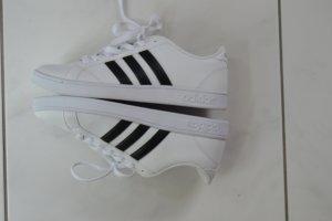 adidas neo comfort footbed, neu, weiß mit Streifen, Gr. 9 (USA) = 40,5