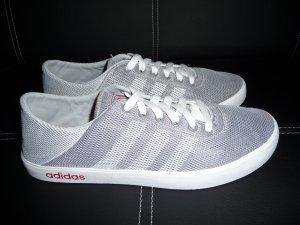 Adidas Neo Easy Vulc 2 Größe 39 1/3, sehr guter Zustand. NP 56,95 Euro