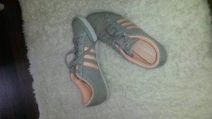 Adidas neo Schuhe wie neu