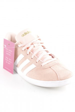 Adidas NEO Chaussure skate rose-blanc cassé style patineur