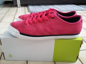 Adidas Neo Sneaker in pink