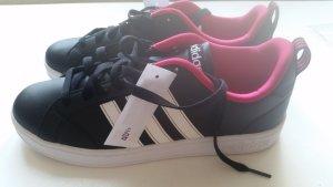 Adidas Neo Sneaker in schwarz pink Gr. 40,5