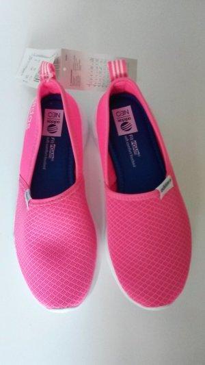 Adidas NEO Sneaker Turnschuhe Laufschuhe  Gr. 37 Neu mit Etikett
