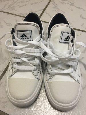 Adidas original Sneaker Gr 40 weiß sehr neuwertig