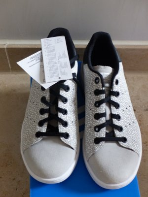 Adidas Originals Sneaker stringata grigio chiaro-nero