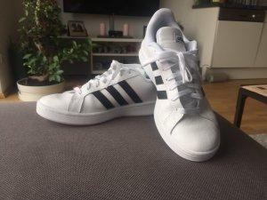 Adidas Originals 41 1/2