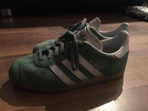 Adidas Originals Basket à lacet blanc-vert clair