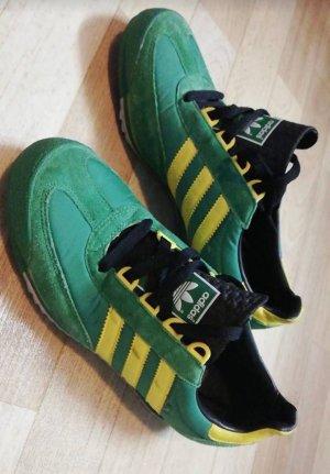 Adidas Originals Sneaker stringata verde