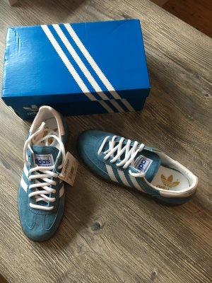 Adidas Originals Lace-Up Sneaker blue leather