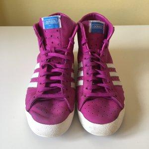 Adidas Originals Sneaker stringata magenta-rosso lampone