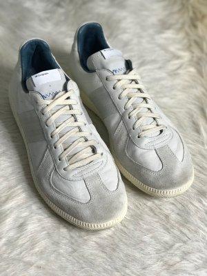 Adidas Originals Sneaker stringata grigio chiaro Pelle
