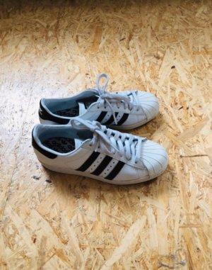 Adidas Originals Superstars, Größe 38
