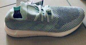 Adidas Originals Swift Run PK  Sneaker low crystal white 40,5 CG4137 Neu