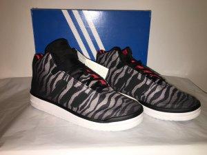 adidas Originals Veritas Mid Sneakers Gr. 42 NEU schwarz