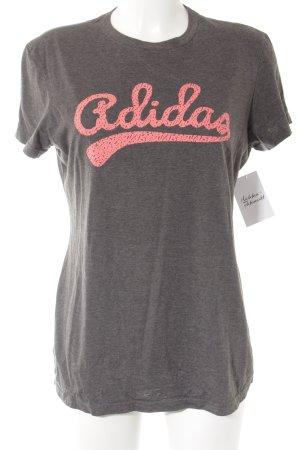 Adidas Print-Shirt grau-pink Schriftzug gedruckt sportlicher Stil