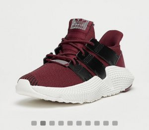 Adidas Lace-Up Sneaker black-red