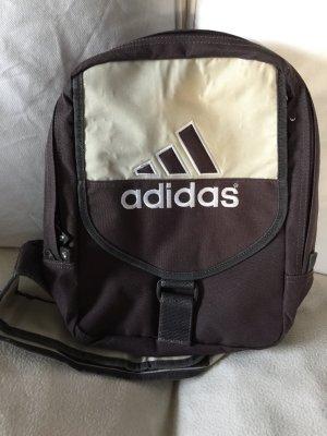 Adidas Rucksack mit Gebrauchsspuren