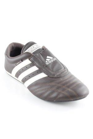 Adidas Schlüpfsneaker dunkelbraun-weiß sportlicher Stil