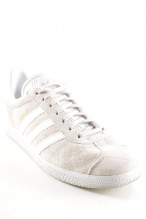 Adidas Schnürschuhe altrosa-weiß Street-Fashion-Look