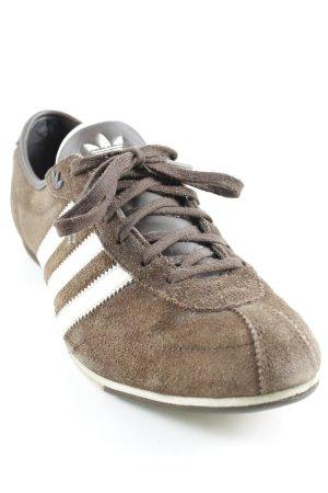 Adidas Schnürschuhe braun-wollweiß sportlicher Stil