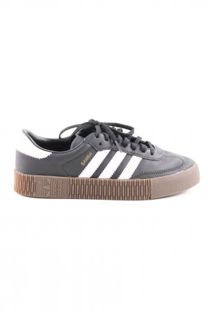 Adidas Zapatilla brogue negro-blanco look casual