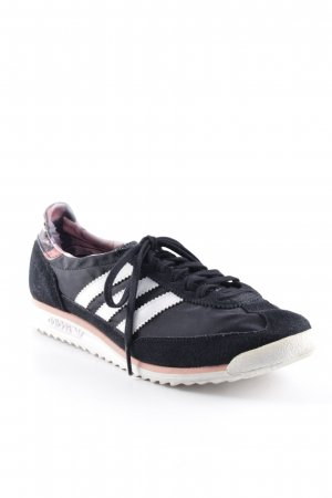 Adidas Schnürsneaker florales Muster Casual-Look