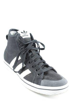 Adidas Sneaker stringata nero-bianco stile casual