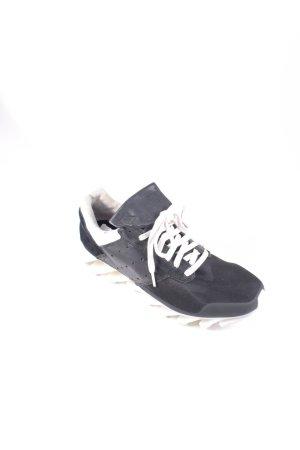 Adidas Schnürsneaker schwarz-weiß sportlicher Stil