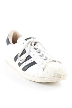 Adidas Schnürsneaker weiß-schwarz sportlicher Stil