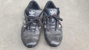 Adidas Basket à lacet noir-argenté