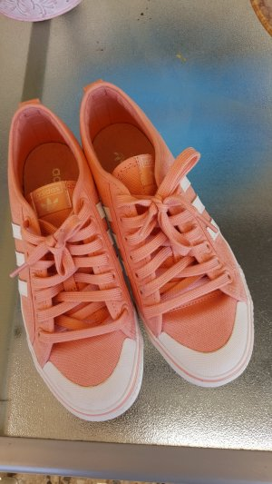 Adidas Lace-Up Sneaker apricot